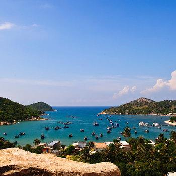 Vịnh Vĩnh Hy - vẻ đẹp của Ninh Thuận