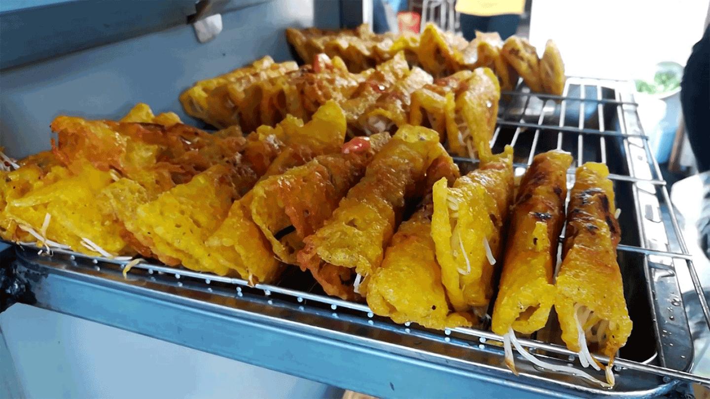 Bánh xèo Đà Lạt nóng giòn hấp dẫn