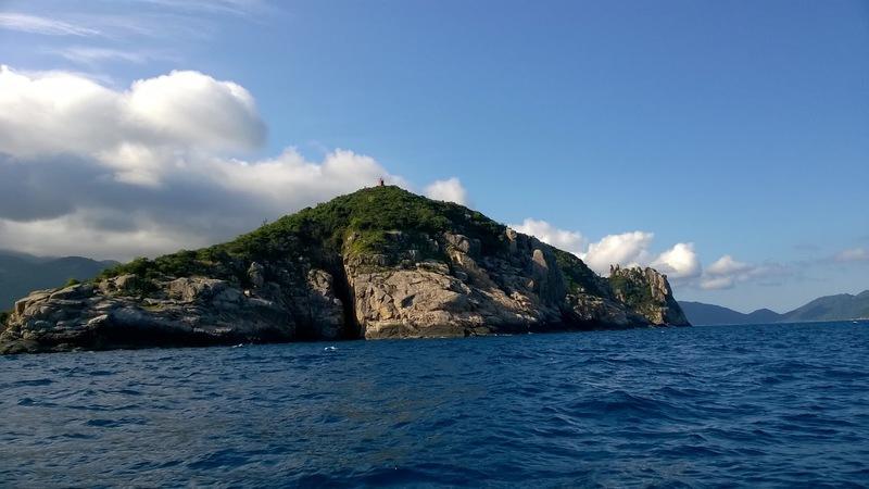 Đảo Hòn Nưa- vẻ đẹp hoang sơ và kiêu hãnh