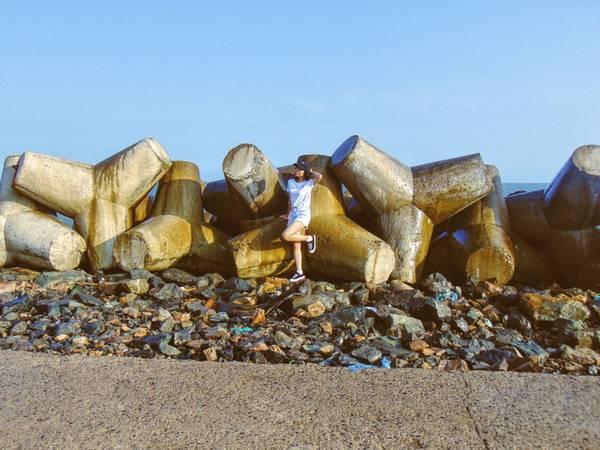 Bãi đá Ông Địa – Điểm đến thú vị bạn nhất định phải check-in khi đến Phan Thiết