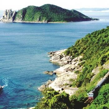 Tour Phú Yên 1 ngày: Phước Tân Bãi Ngà - Hòn Nưa - Vịnh Vũng Rô - Tàu không số - B&U Farm