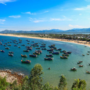 Tour Phú Yên: Cầu Gỗ - Nhất Tự Sơn - Vịnh Xuân Đài - đồi cát Từ Nham - Biển Vịnh Hoà